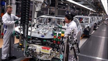 De nombreuses usines sont actuellement à l'arrêt à travers le monde