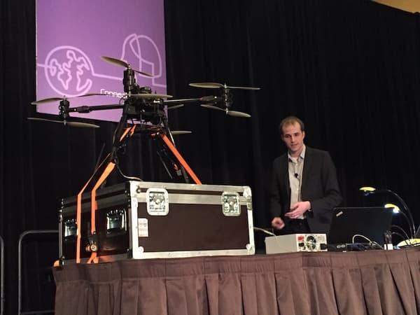 Nils Rodday et son drone à la conférence RSA 2016