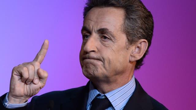 """Le PS a ironisé vendredi au sujet du revirement de Nicolas Sarkozy sur le mariage homosexuel, Corinne Narassiguin, porte-parole du Parti socialiste, estimant que l'ancien président de la République avait """"enfin vu la lumière"""" - 22 janvier 2016"""