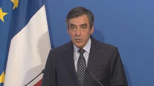 """""""A l'avenir, l'opposition devra y regarder à deux fois avant d'aller aux élections en ordre dispersé"""", a jugé ce dimanche soir François Fillon."""