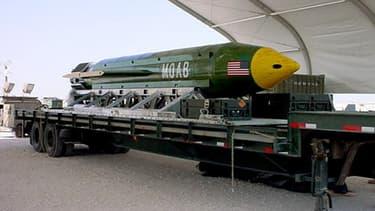 """""""Mother of all bombs"""", la plus puissante arme de destruction non-nucléaire état-unienne."""