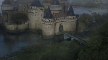 Le château de Vivesaigues, demeure des Tully