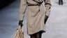 Modèle Hermès imaginé par Jean-Paul Gaultier. Au terme de neuf jours de défilés de prêt-à-porter, marqués par la récente disparition d'Alexander McQueen, Paris a dégagé une silhouette minimaliste, composée de valeurs sûres, comme un trait d'union avant un