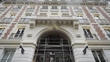 Le mythique établissement des Bains-Douches, 7, rue du Bourg-l'Abbée, va renaître sous la forme d'un hôtel de luxe.