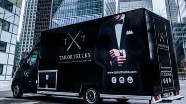 Tailor Trucks circule en Ile-de France depuis fin janvier pour aller à la rencontre des cadres qui veulent s'acheter des vêtements sur mesure.