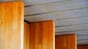 Le bois permet de construire très vite, mais coûte très cher.