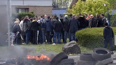 Plusieurs salariés de l'usine Vallourec ont bloqué l'entrée du site ce mercredi.