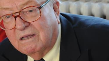 Jean-Marie Le Pen annonce porter plainte contre Arnaud Montebourg. Ici le 12 janvier 2014