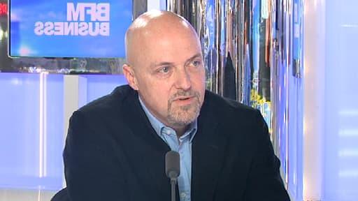 Pierre Louette, le président de la Fédération des télécoms, sur le plateau de Good Morning Business avec Stéphane Soumier le 19 avril 2013