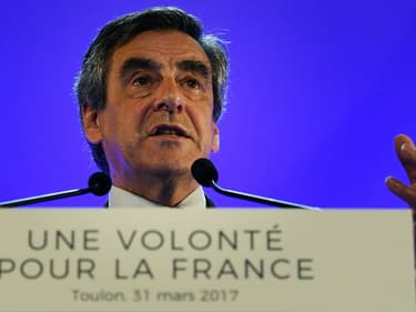 François Fillon lors d'un meeting à Toulon, le 31 mars 2017