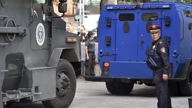 Un policier à Mexico vendredi.