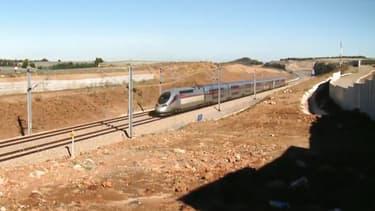 La future LGV reliera depuis Tanger, Rabat, la capitale politique du pays, en 1h20, au lieu de 3h40 actuellement et Casablanca, la capitale économique, en 2h10, au lieu de 5h00 aujourd'hui.