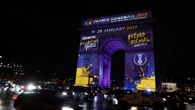 L'Arc de Triomphe a lancé le Mondial 2017 (11-29 janvier) de handball ce mardi soir.