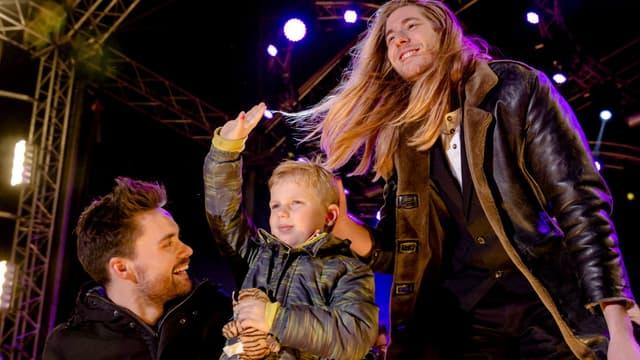 Tijn Kolsteren, le petit garçon malade d'un cancer, invité lors d'une émission de télévision le 24 décembre 2016