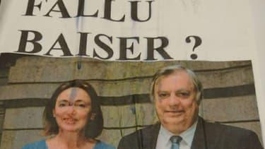 """""""Il a fallu baiser?"""" interrogent les affichettes, au-dessus d'une photo de l'élue et de son prédécesseur, Bruno Joncour"""