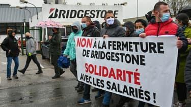 Manifestation contre la fermeture de l'usine Bridgestone le 4 octobre 2020 à Béthune (Pas-de-Calais)