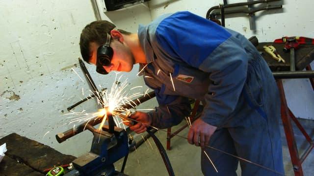Les niveaux de recrutements des jeunes sont comparables à ceux de septembre dernier, selon le gouvernement