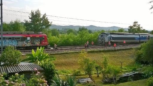 La collision d'un TER et d'un TGV près de Pau a fait 40 blessés le 17 juillet