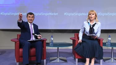 """La Commission européenne, par la voix d'Andrus Ansip et d'Elzbieta Bienkowska, a exhorté les pays de l'UE """"à saisir les opportunités"""" offertes par les nouvelles plateformes de l'économie collaborative, telles Uber ou Airbnb."""