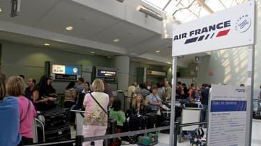 496 postes au sol seront supprimés chez Air France.