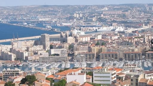 26 % de la population de Marseille vit en dessous du seuil de pauvreté.