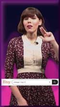 Le look à copier de la semaine : le pantalon flare de Camila Mendes