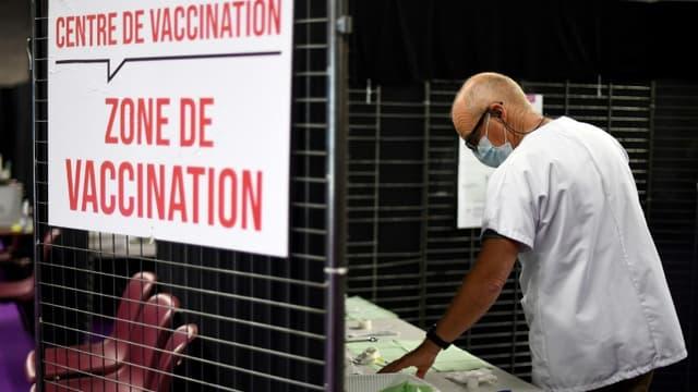 Centre de vaccination le 31 mai 2021 à Garlan, dans l'Ouest de la France (photo d'illustration)