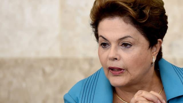 La présidente brésilienne Dilma Rousseff est accusée de maquillage des comptes publics.