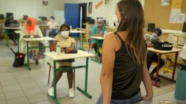 Port du masque dans une école à Mayotte en juin 2020