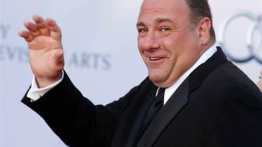 """L'acteur américain James Gandolfini, connu pour son interprétation de Tony Soprano dans la série télévisée """"Les Soprano"""", est décédé d'une probable cris cardiaque, à l'âge de 51 ans, alors qu'il était en vacances à Rome. /Photo d'archives/REUTERS/Fred Pro"""