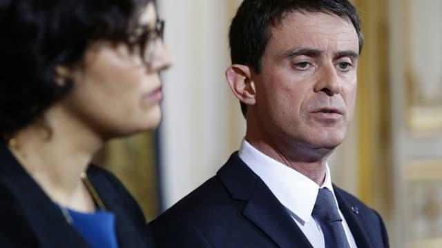 La ministre du Travail Myriam El-Khomri et le Premier ministre Manuel Valls, le 11 avril 2016.