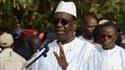 Le président sortant Macky Sall s'exprime avant de voter à l'élection présidentielle sénégalaise du 24 février