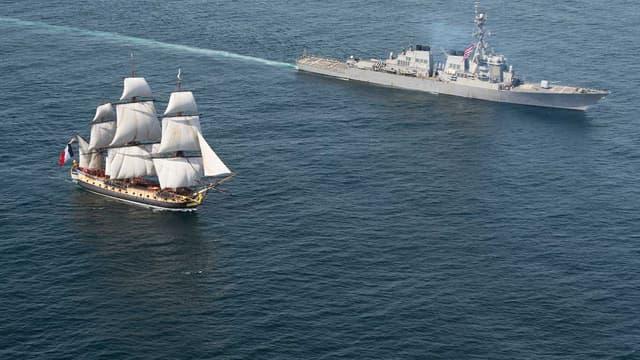 L'Hermione pendant sa traversée de l'Atlantique, le 2 juin.