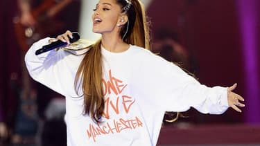Ariana Grande lors de son concert en hommage aux victimes de l'attentat de Manchester, dimanche 5 juin 2016