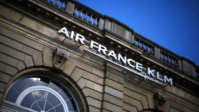 Le conseil d'administration a par ailleurs apporté son soutien à Alexandre de Juniac, PDG d'Air France-KLM