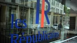 """Le logo du parti """"Les Républicains"""" au siège le 31 mai 2015 à Paris."""