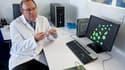 Une équipe de chercheurs français du professeur Luc Douay (photo) est parvenue à fabriquer puis à transfuser avec succès des globules rouges obtenus à partir de cellules souches. Cette première mondiale, réalisée en partenariat avec l'Etablissement frança