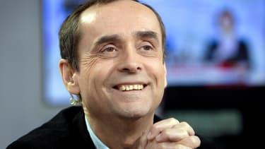 Robert Ménard a récemment pris la tête du comité de soutien à des militants de 'Génération identitaire', poursuivis pour avoir occupé le chantier de la mosquée de Poitiers en octobre 2012.