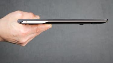 Ce PC ultraportable à écran 13,3 pouces est pour l'instant le plus fin du monde dans sa catégorie.