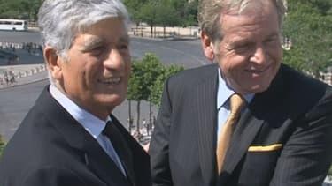 Le patron de Publicis Maurice Lévy (à gauche) et celui d'Omnicom, John Wren (à droite), dimanche 28 juillet.