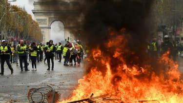 Les Champs-Elysées dévastés le 24 novembre 2018