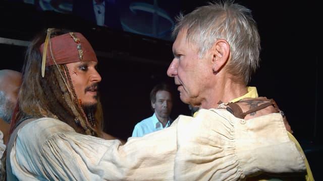 Johnny Depp et Harrison Ford lors de la D23 le 15 août 2015.