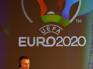 Le président de l'Union Européenne de Football Association (UEFA), Aleksander Ceferin, lors de l'inauguration du logo de Budapest pour l'Euro-2020, le 16 novembre 2020