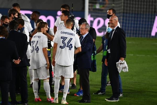 Florentino Perez fête le titre en Liga en juillet 2020