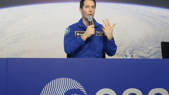Thomas Pesquet lors de sa première conférence de presse après son retour sur terre.
