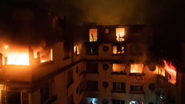 L'immeuble en flammes du XVIème arrondissement, le 5 février 2019.
