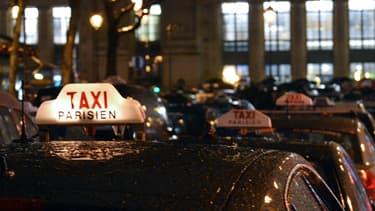 Grève des taxis: 110 interpellations et 70 gardes à vue à Paris