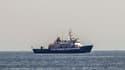 Le C-Star, navire affrété par le groupuscule d'extrême droite Génération identitaire, en août 2017 au large des côtes libyennes