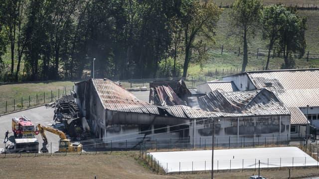 Le site incendié.