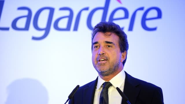 Arnaud Lagardère ne garde que 'Paris match' et 'le Journal du dimanche'